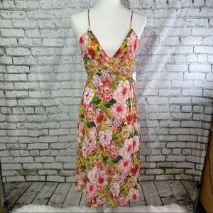 FOREVER 21 Pink Floral Sleeveless Wrap Dress M